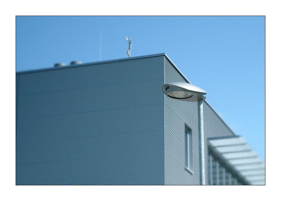 die lampe (dslr mit shift-tilt-4,5-22 75mm)