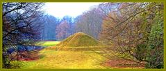 Die  Landpyramide vom Herrmannsberg