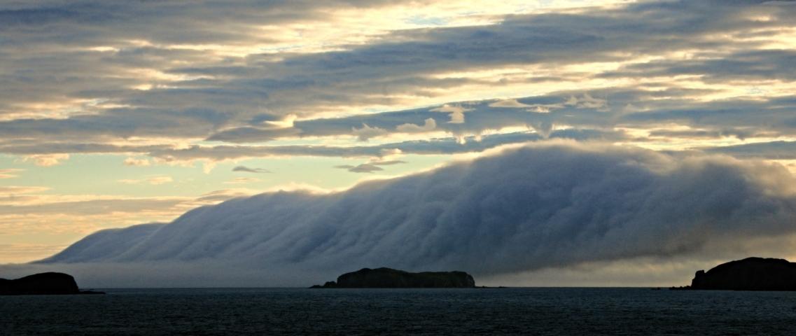 Die lange Wolke
