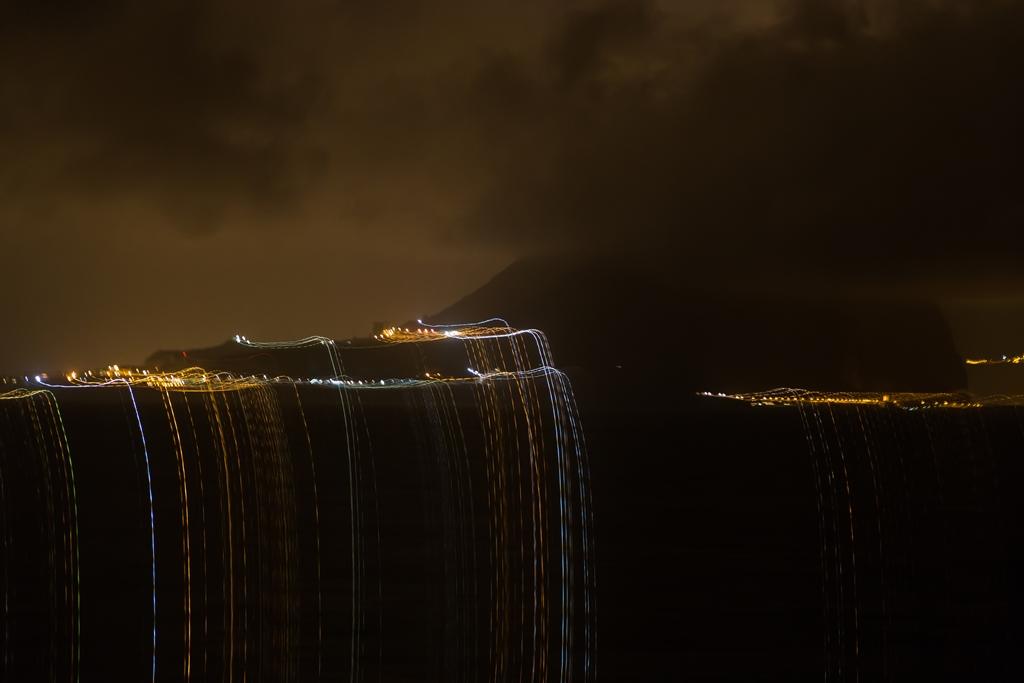 """""""Die leuchtenden Wasserfälle von Gibraltar"""""""