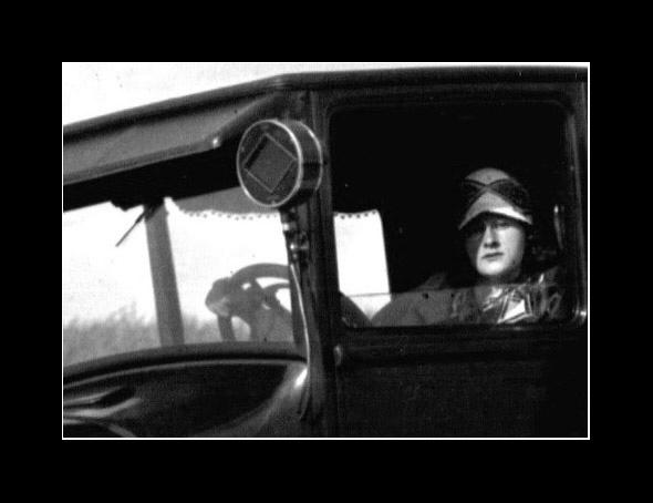 Die liebe Großmutter am Steuer, 1929