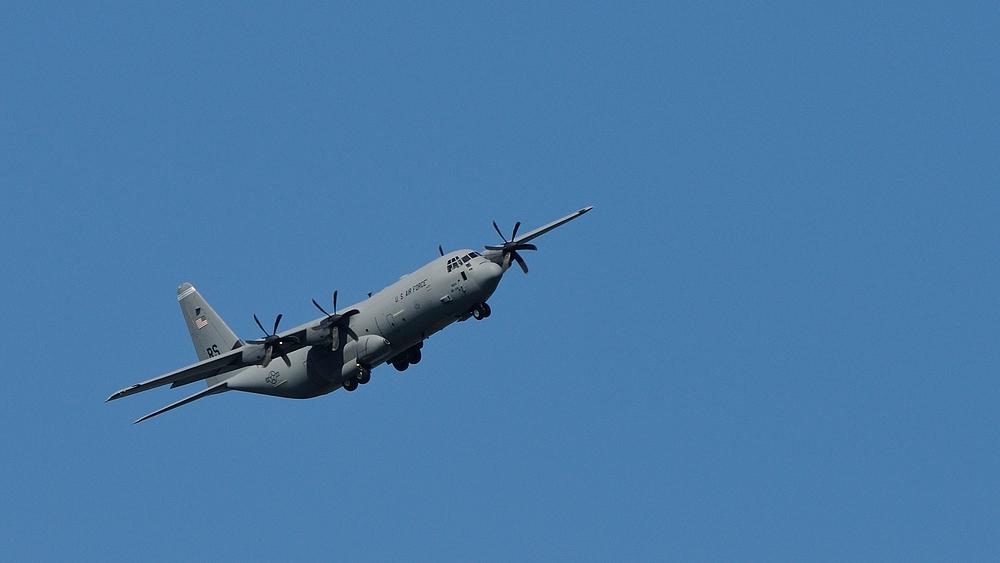 Die Lockheed C-130 Hercules der Lockheed Corporation ist eines der...