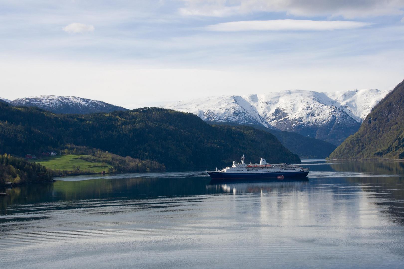 Die Marco Polo in Eidfjord / Hardangerfjord