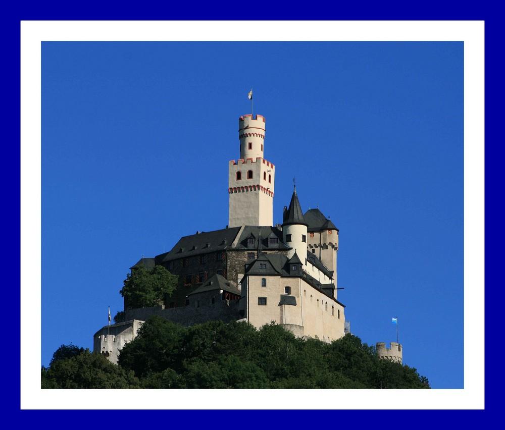 Die Marksburg bei Braubach am Mittelrhein
