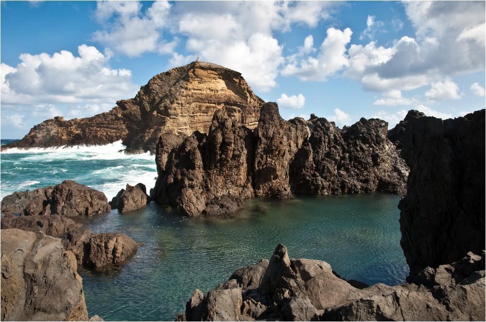 Die Meerwasser-Schwimmbecken von Porto Moniz ...