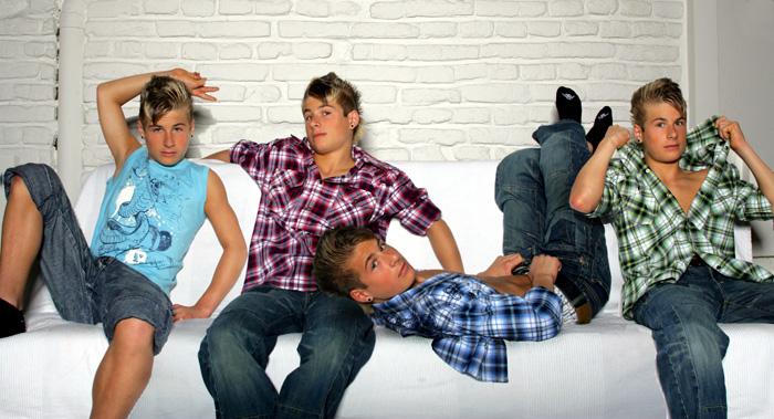 Die Meier Vierlinge - von links nach rechts (Christoph, Raphael, Jonathan, Benjamin)