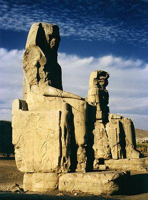 Die Memnon-Kolosse von Theben
