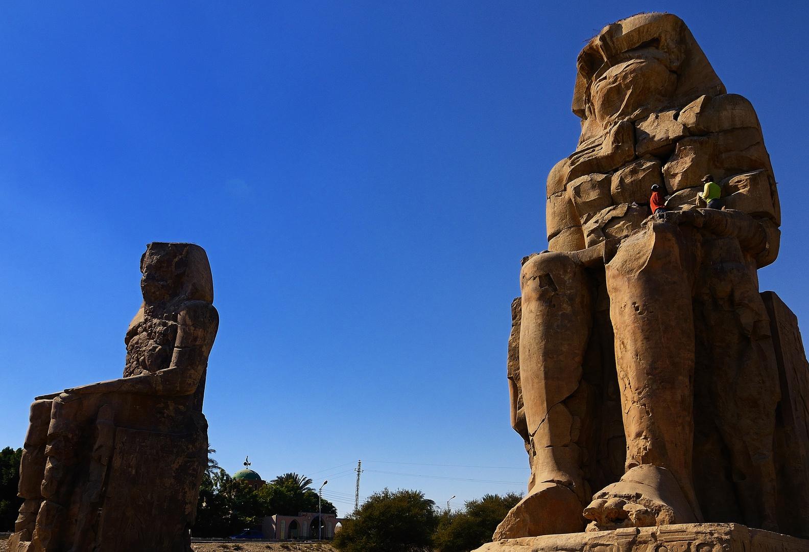 Die Memnonkolosse