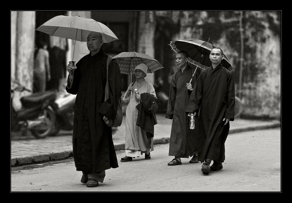 ~ Die Mönche von Hoi An ~