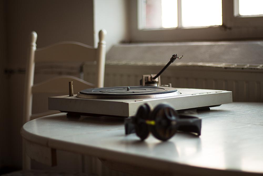 Die Musik ist aus die Stille kehrt ein.