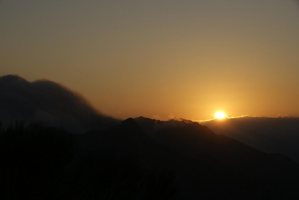 """Die Nacht greift nach der """"Sierra Nevada"""""""