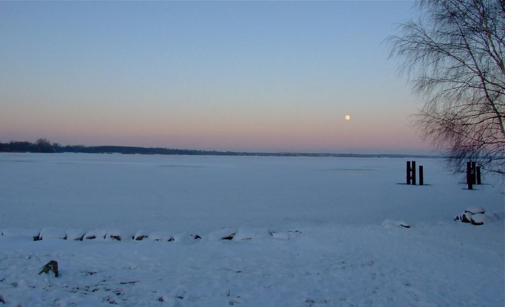 Die Nacht senkt sich hernieder °°° Still ruht der Senftenberger See