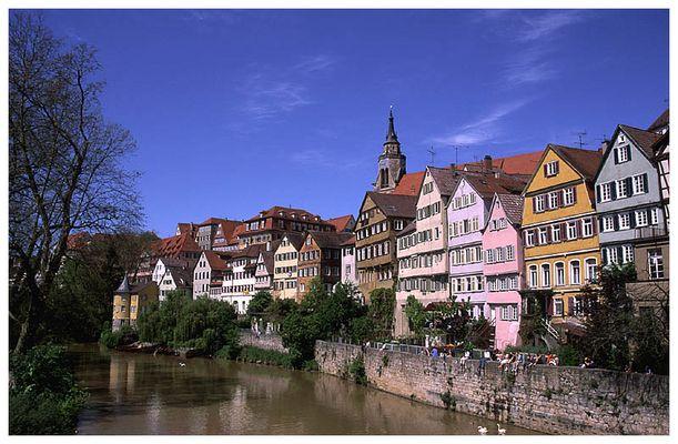 Die Neckarseite in Tübingen