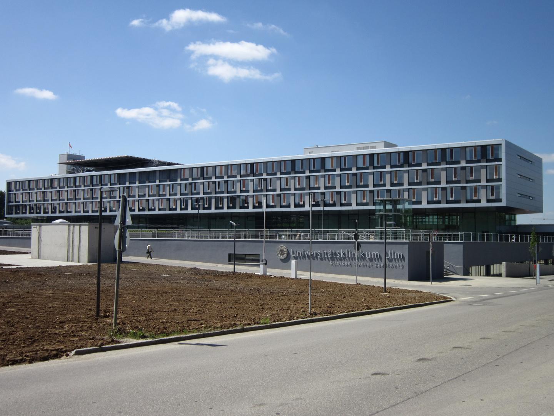 Die neue Chirurgie des Universitätsklinikums Ulm steht auf dem Oberen Eselsberg