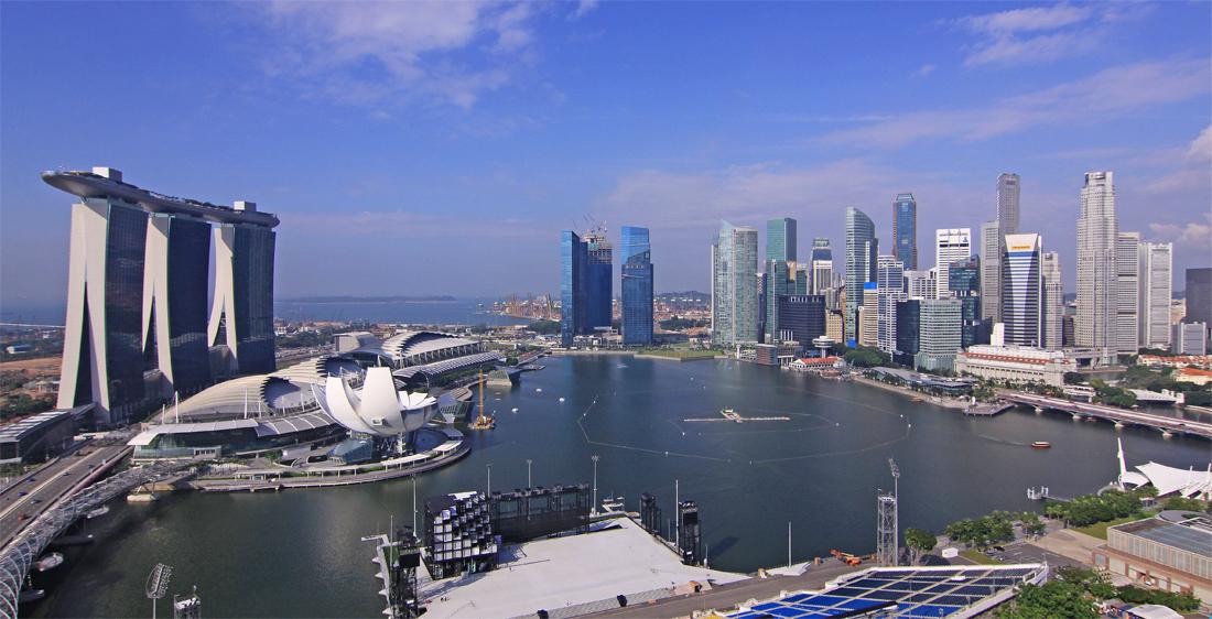 die neue Skyline Singapurs.....