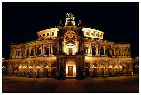 Die Oper!