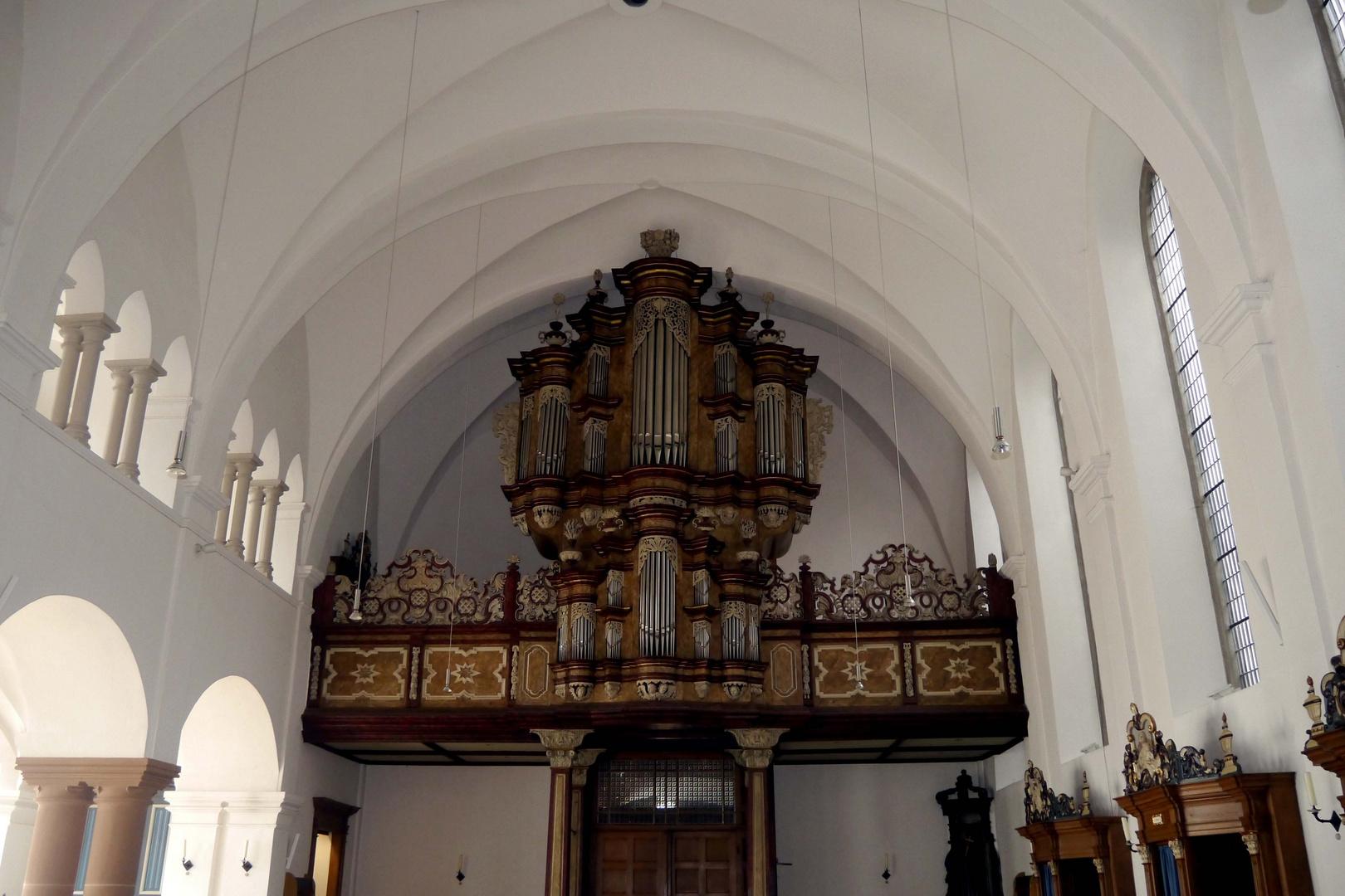 Die Orgel in der alten Wallfahrskirche zu Neviges.