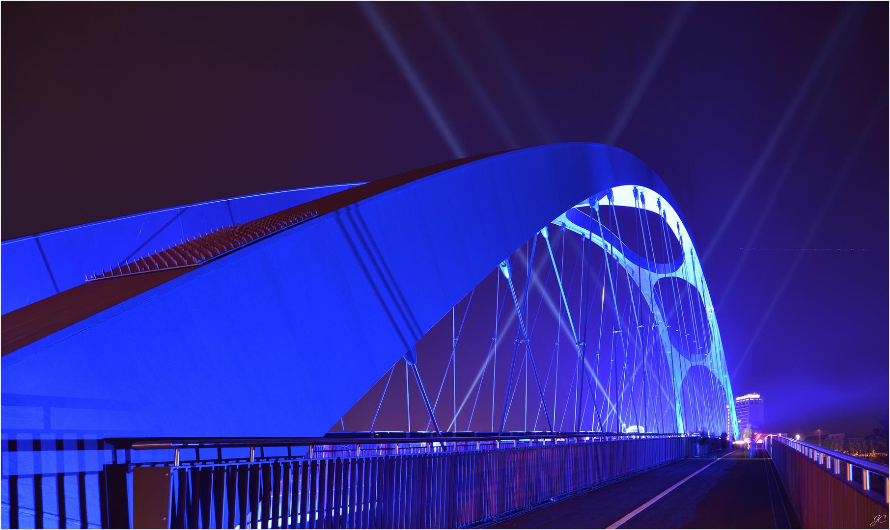 Die Osthafenbrücke I