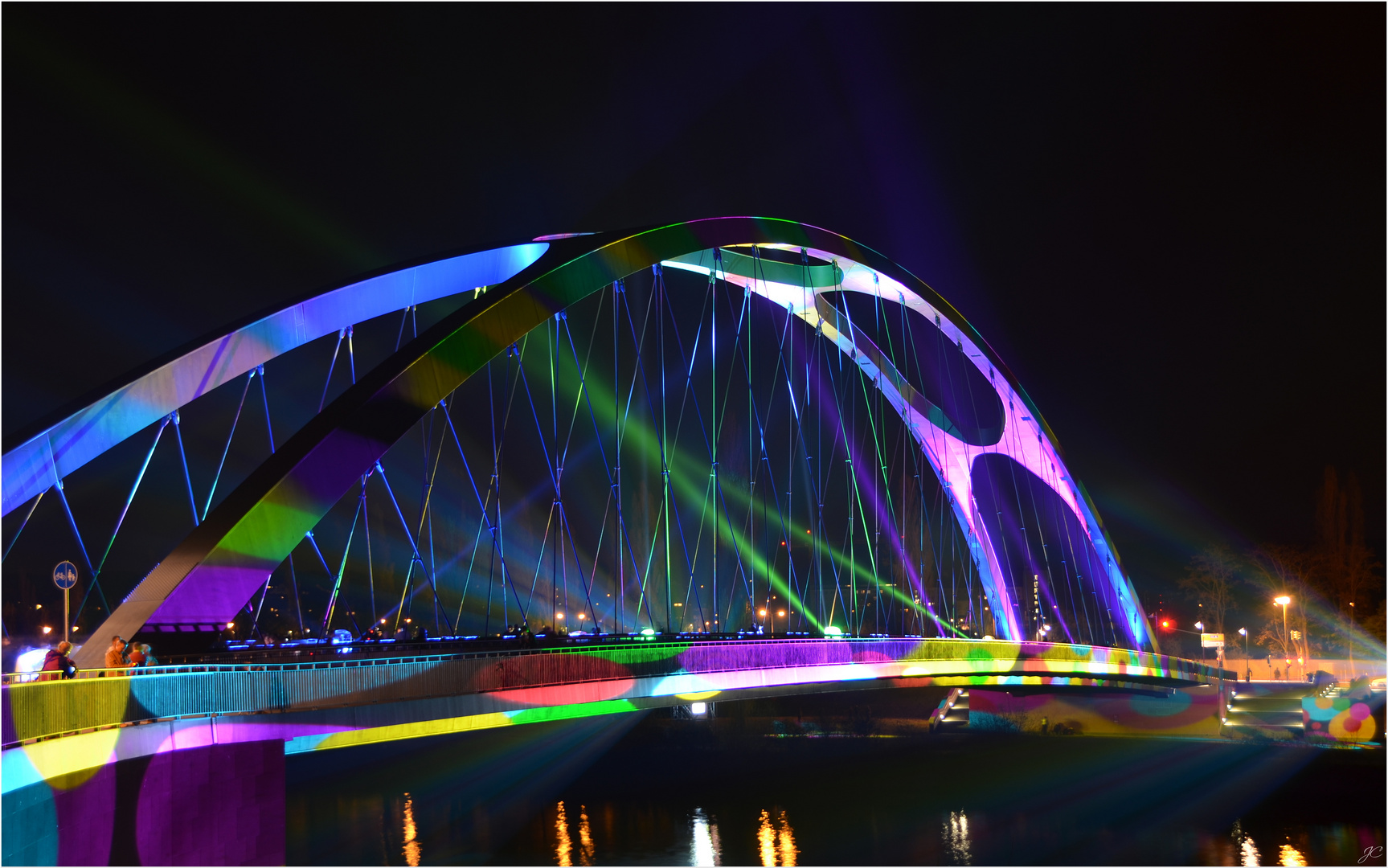 Die Osthafenbrücke III