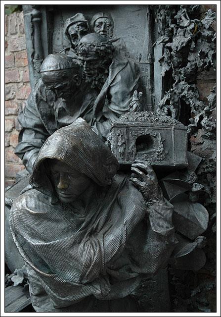Die Päpste und der Schrein des Hl. Apollinaris