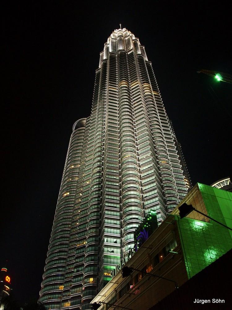 Die Petronas Twin Towers 03