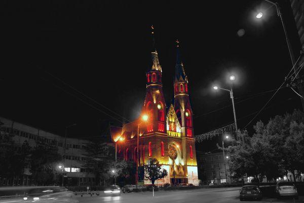 Die Pfarrkirche Heiliges Herz Jesu (1919) - Timisoara