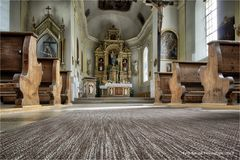Die Pfarrkirche in Lähn Tirol ...