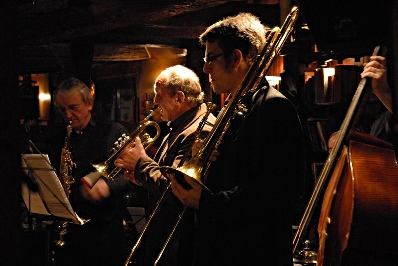 Die polnische Jazz-Formation Aix-Dix-Connection im Bonner Fiddelers