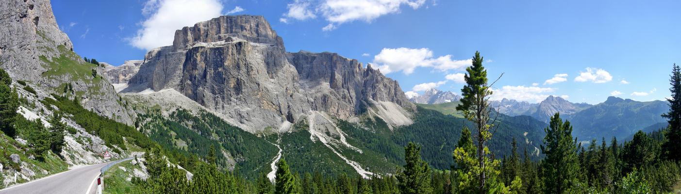 Die Pordoispitze in den Dolomiten