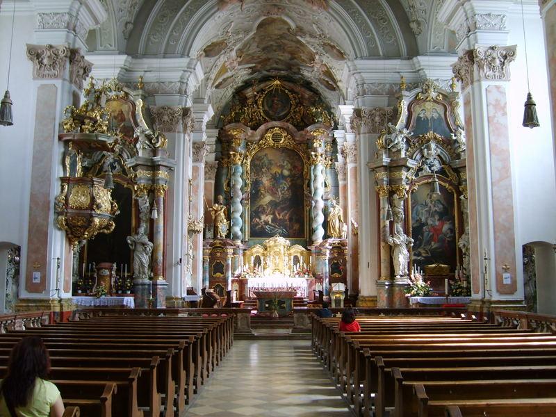 Die Pracht der Klosterkirche in Metten