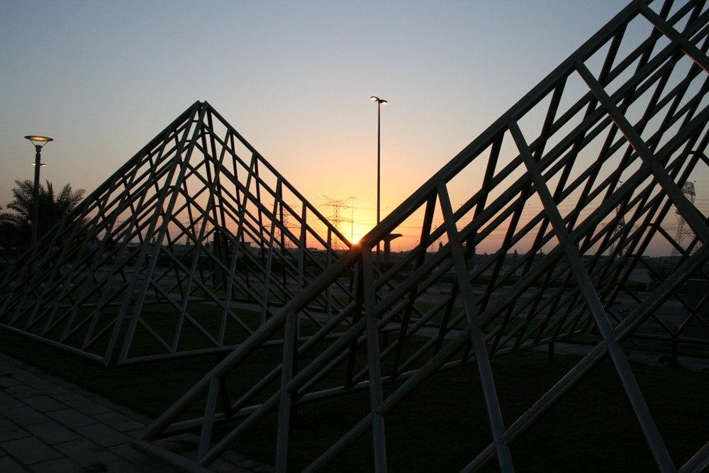 Die Pyramiden von Dubai