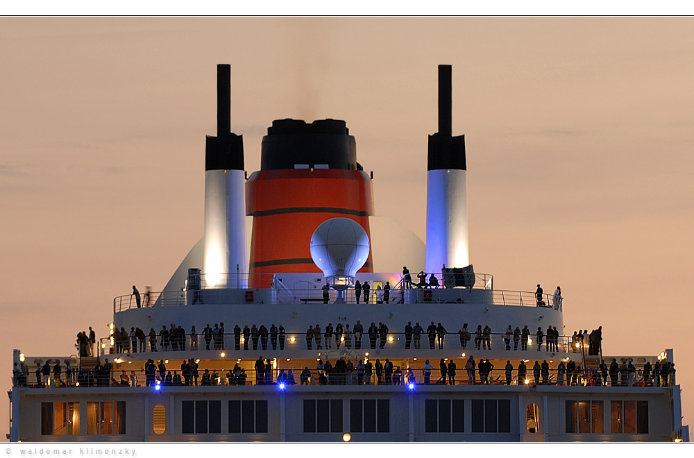 Die Queen Mary 2...