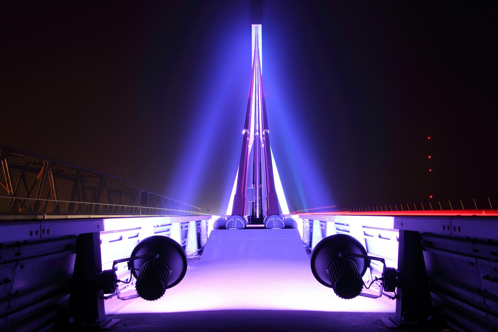 Die Rheinbrücke in Wesel 2
