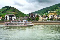 """Die """"Rheingau"""" der Roessler Linie - am Anleger Assmannshausen"""
