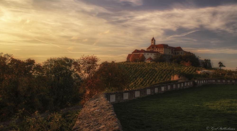 Die Riegersburg im herbstlich abendlichem Licht
