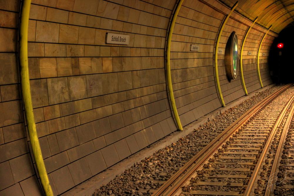 """Die Röhre 2"" U-Bahnstation Schloß Broich"