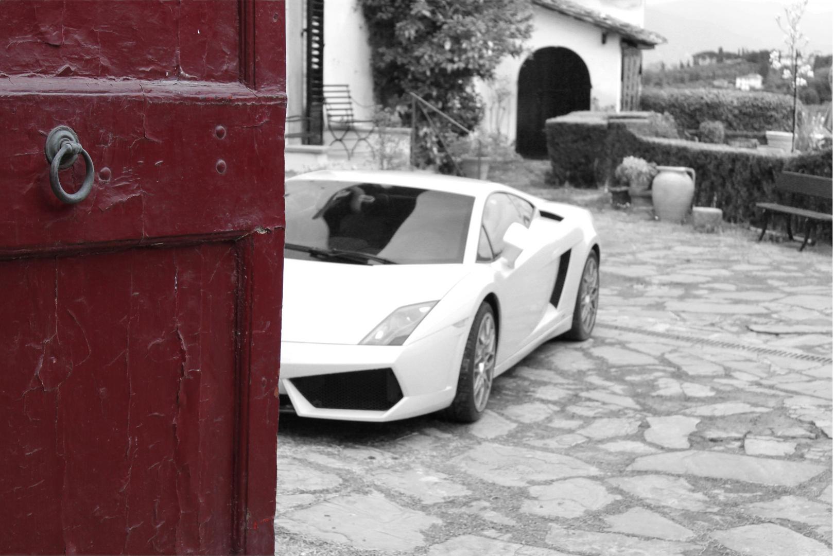 Die rote Tür und der Lambo #2
