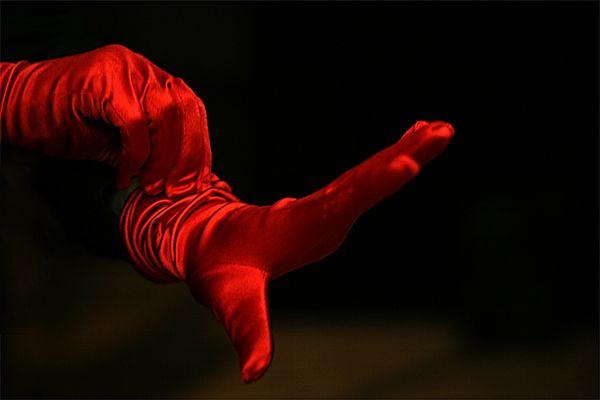 die roten Handschuhe
