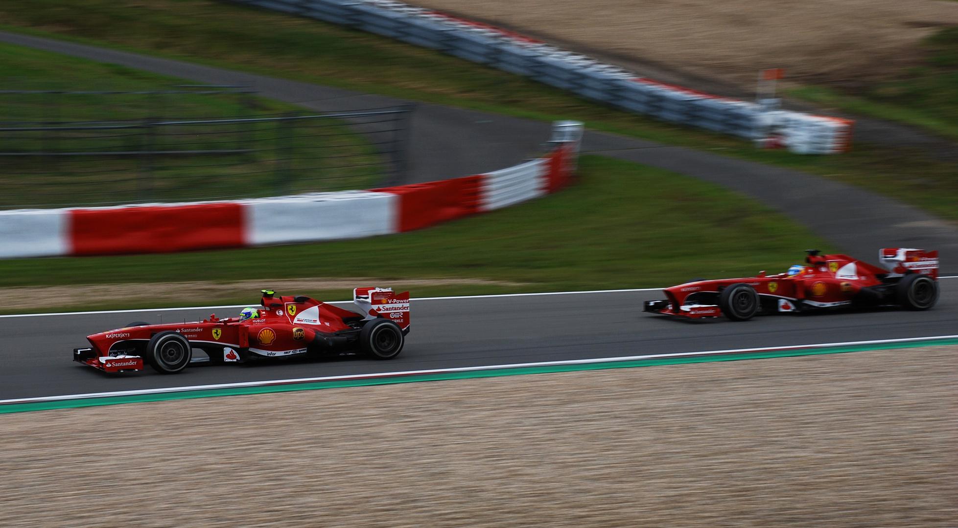 Die roten Pfeile am Nürburgring