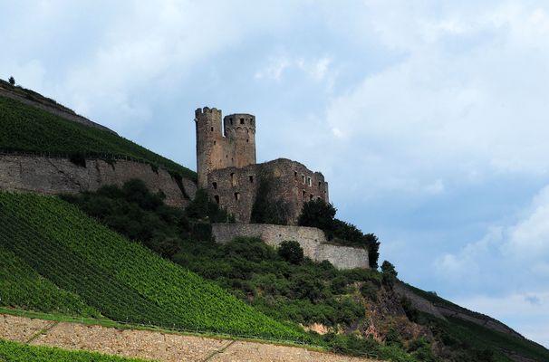 Die Ruine .....Burg Ehrenfels ....