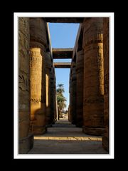 Die Säulen im Karnak-Tempel