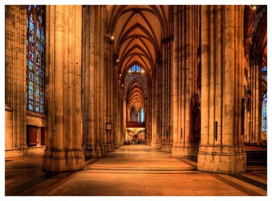 die Säulen vom Kölner Dom...