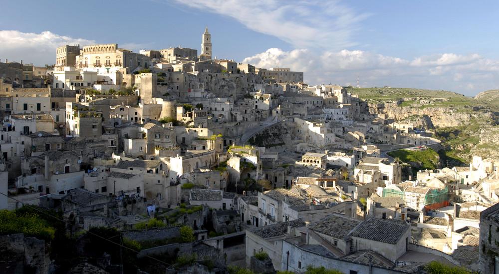 Die Sassi genannten Höhlenwohnungen in Matera