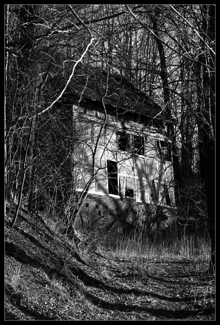 Die Scheune am Rande des Dorfes