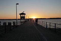 Die Schiffsbrücke im Abendlicht