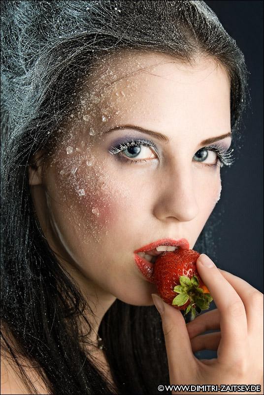 Die Schneekönigin mag Erdbeeren