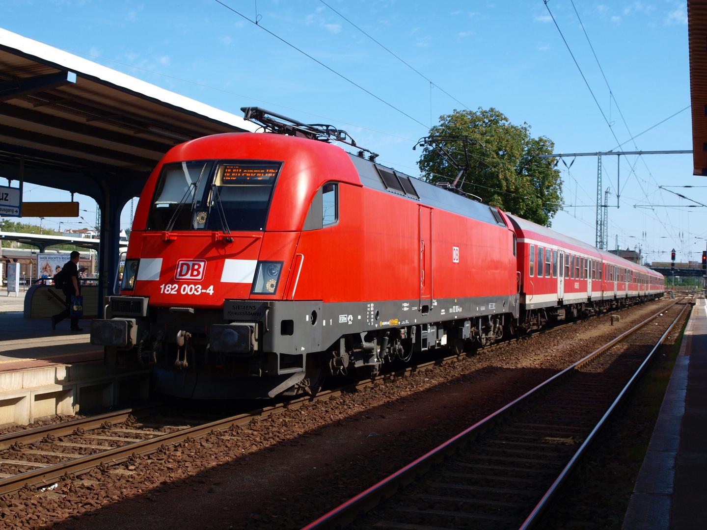 """Die """"schnelle"""" Regionalbahn"""