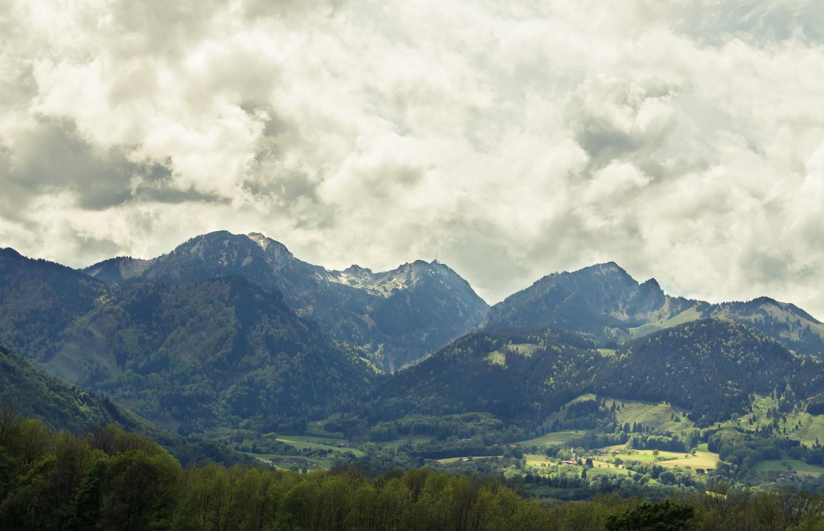 Die Schönheit eines heraufziehenden Unwetters in den Bergen