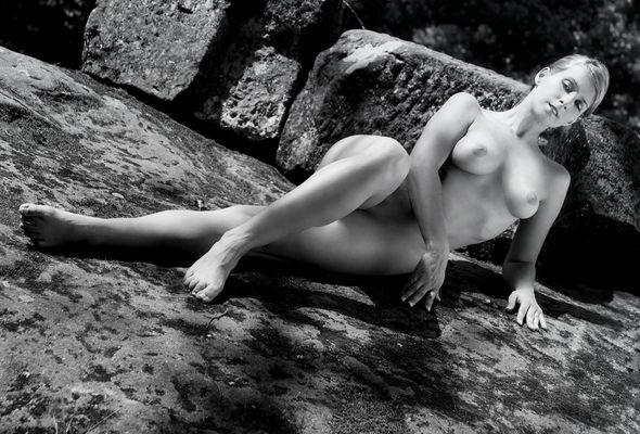 die schönste Jungfrau sitzet...