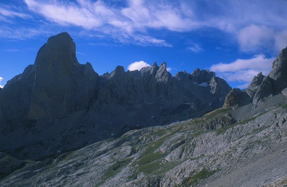Die schönsten Gipfel der Picos (2) .....
